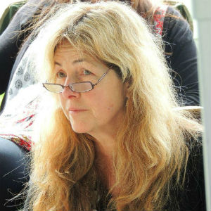 Gorgeous Wende Jowsey co-facilitator Whatipu 2014